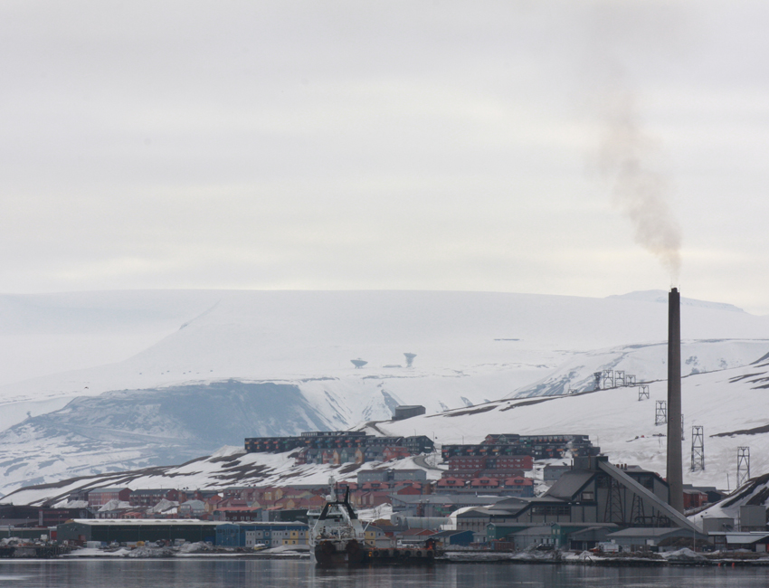 View of Longyearbyen from the harbour