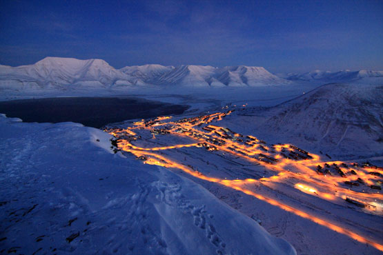 Longyearbyen seen from Platåberget. Photo: Njål Gulbrandsen