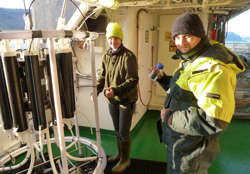 Students with CTD on RV Håkon Mosby