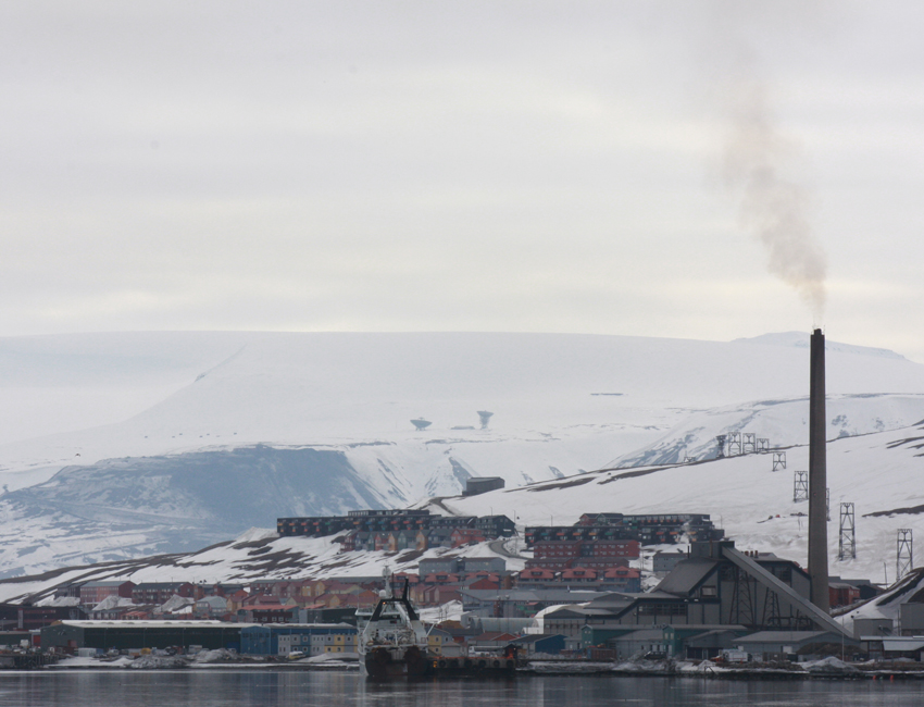 Featured image for 'Increasing climate-related emissions in Svalbard'