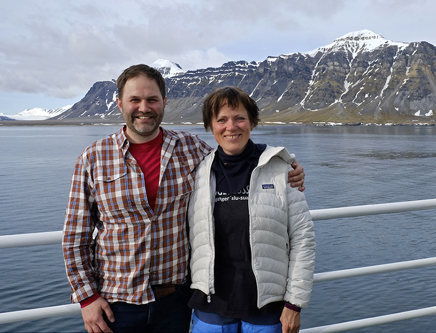 Arild Olsen and Marit Karlsen Brandal during the Outreach Cruise 2016. Photo: Inger Lise Næss/UNIS