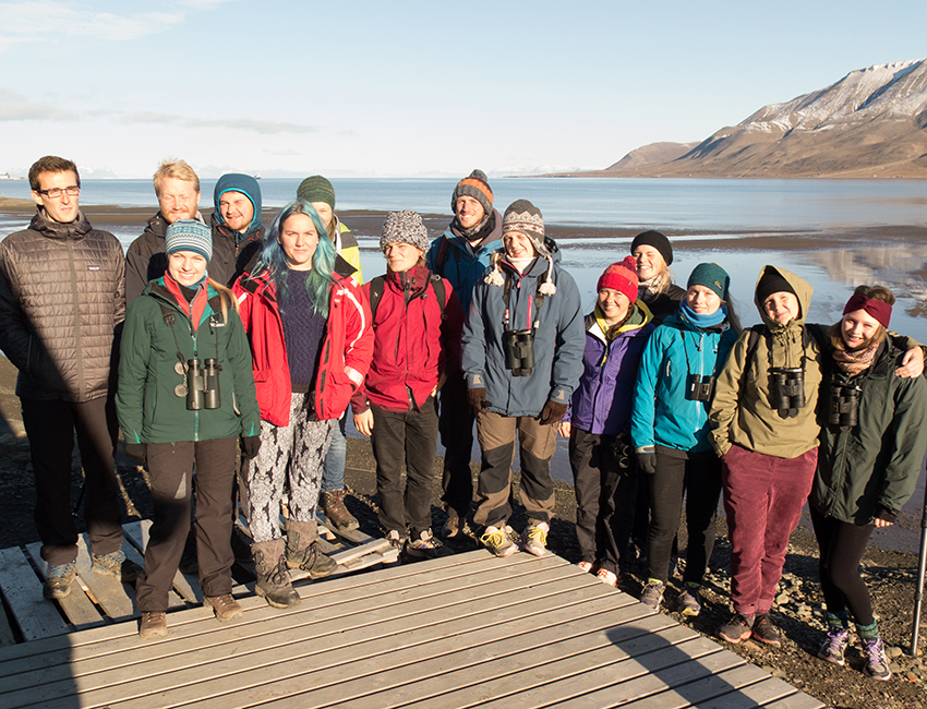 Autumn excursion to the Adventdalen estuary and tidal flats. Photo: Øystein Varpe/UNIS