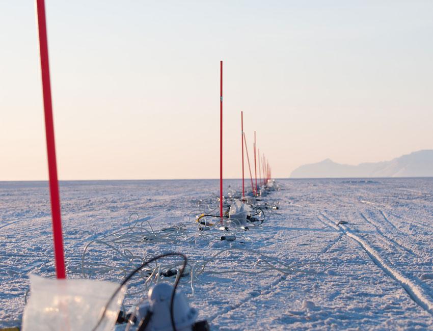 Seismic fieldwork in Van Mijenfjorden