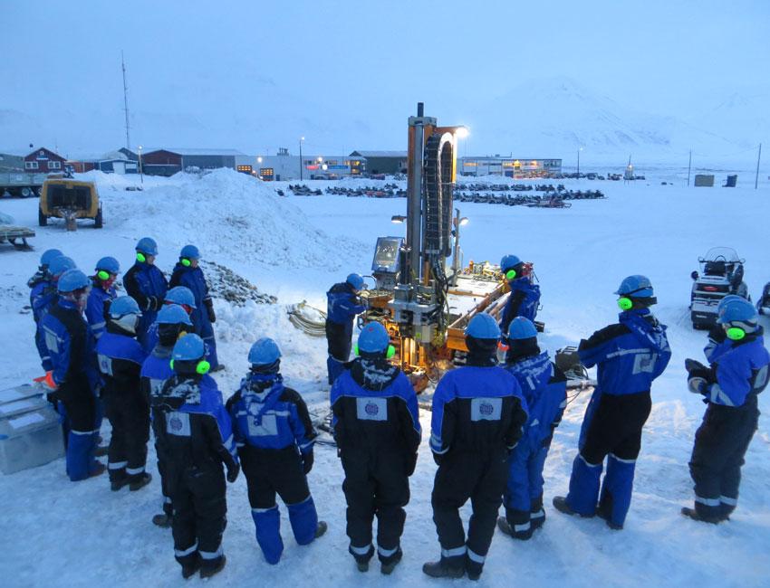 Sampling permafrost core