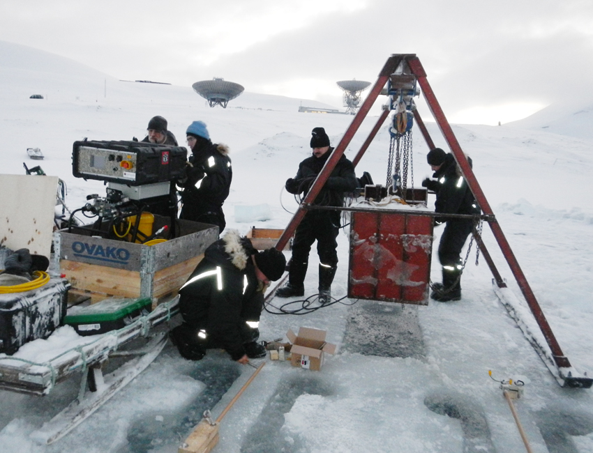 Fieldwork set-up on Breinosa, Svalbard