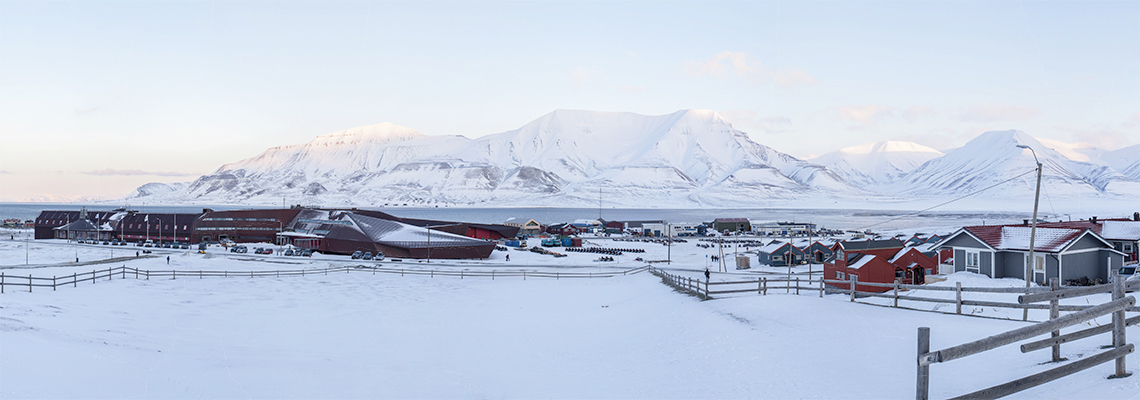 Svalbard Science Centre and Hiorthfjellet, February 2016. Photo: Magnus Heide Andreasen/UNIS