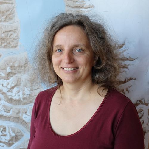 Simone Lang