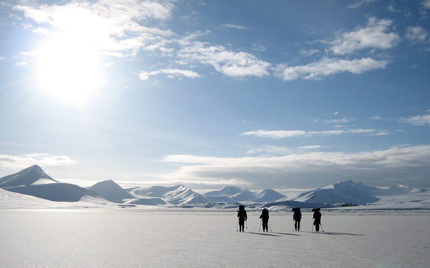 Students on a skiing trip in Grønfjorden during Easter break. Photo: Tore Hattermann/UNIS