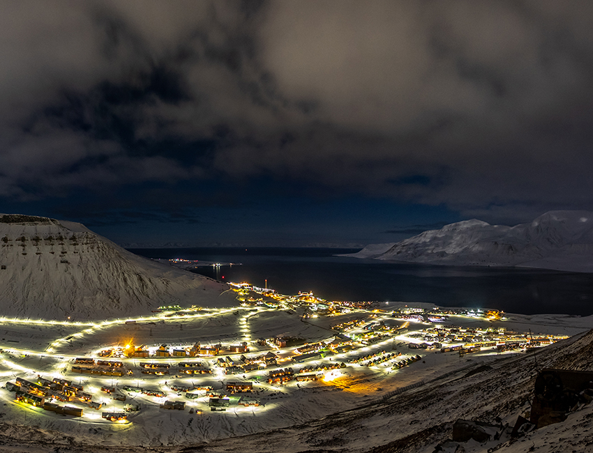 Longyearbyen in dark season