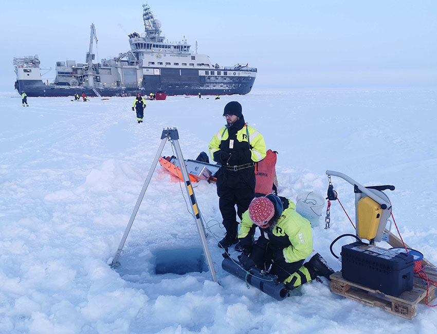 Nansen Legacy project blog: The hunt for the hidden life in water